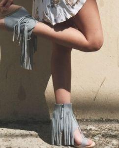 Koolabura Piaz ll Open Toe Fringe Sandal